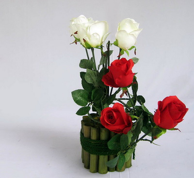 kisah-tentang-mawar-dan-bambu
