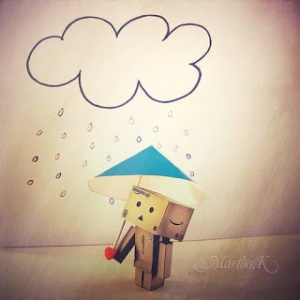 Boneka danbo kehujanan