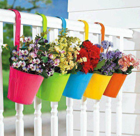 Pot Bunga Uni dan Cantik dari Kaleng Bekas