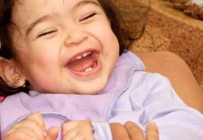 7 Penyakit ini Disebabkan Oleh Tertawa