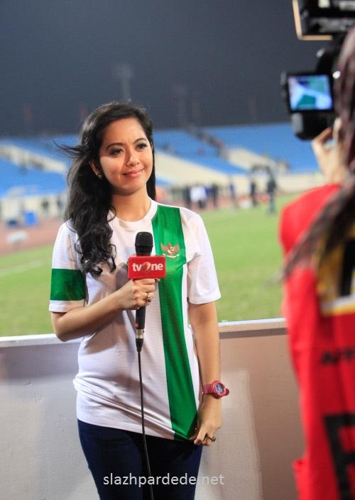 Foto Foto Presenter Putri Violla (15)