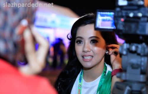 Foto Foto Presenter Putri Violla (4)