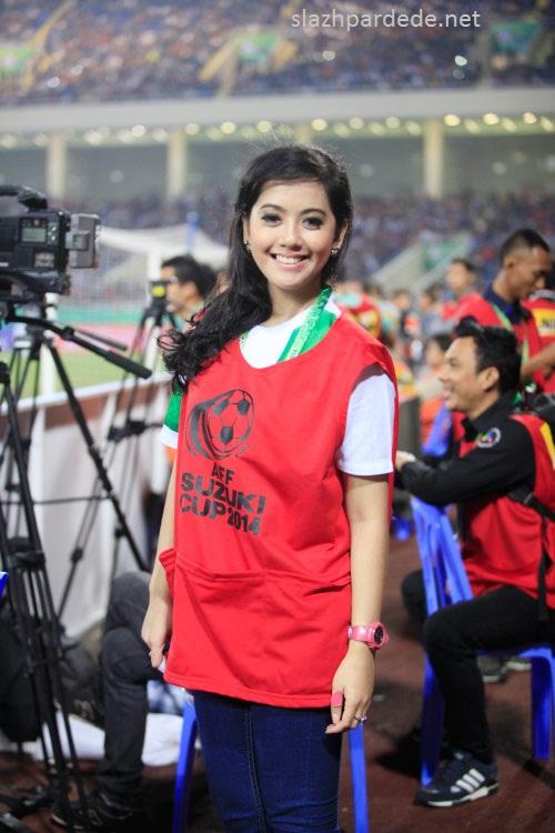 Foto Foto Presenter Putri Violla (6)