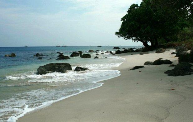 6d8c8-Keindahan-Pantai-Tanjung-Lesung-Banten