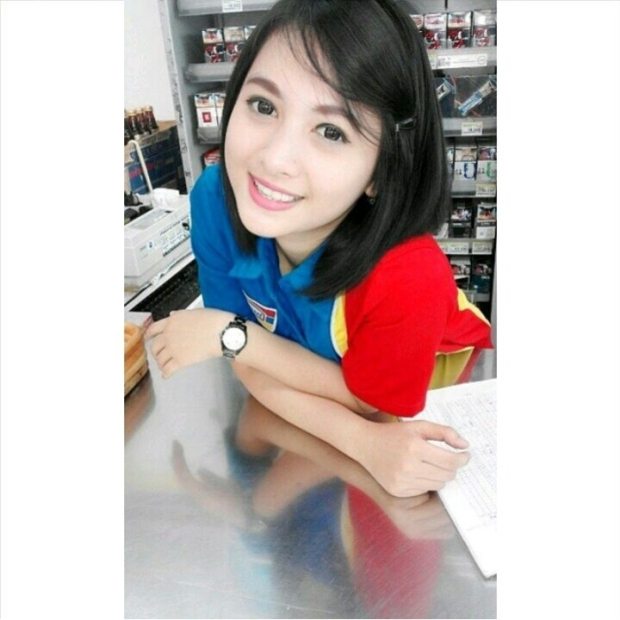 Foto Terbaru Siti Rohmah, Kasir Cantik Indomaret (1)