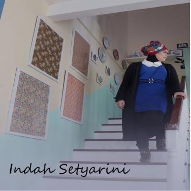 Lirik Lagu Indah Setyarini (feat. Pico Sobari) - Cinta Sang Mantan